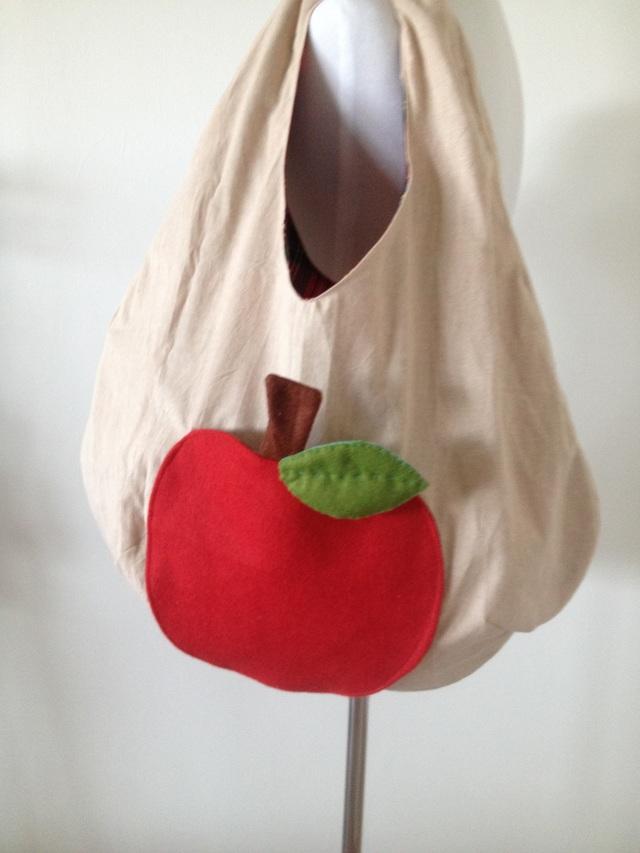 コウノトリバッグ〈りんご〉