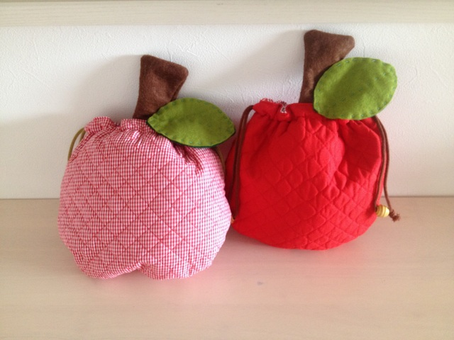 りんご巾着2種