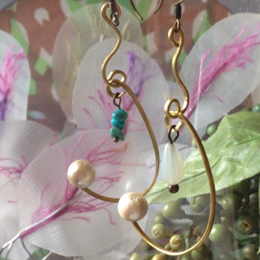 釣り針にかかった真珠