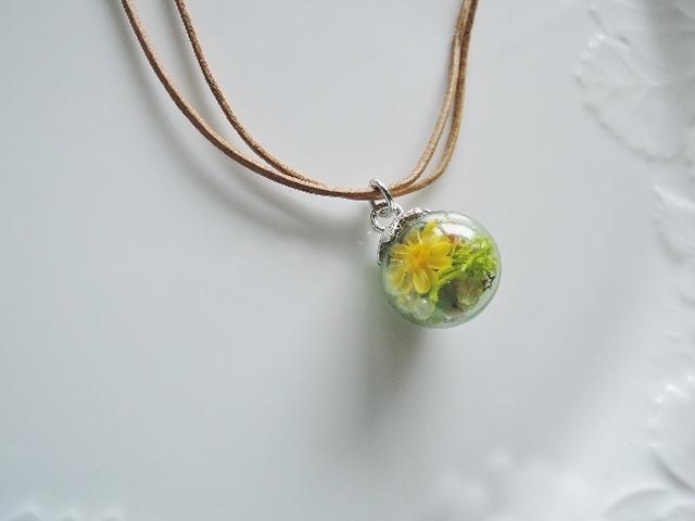 セール!優しいグリーンカラーが魅力のガラスドームネックレス(1199)