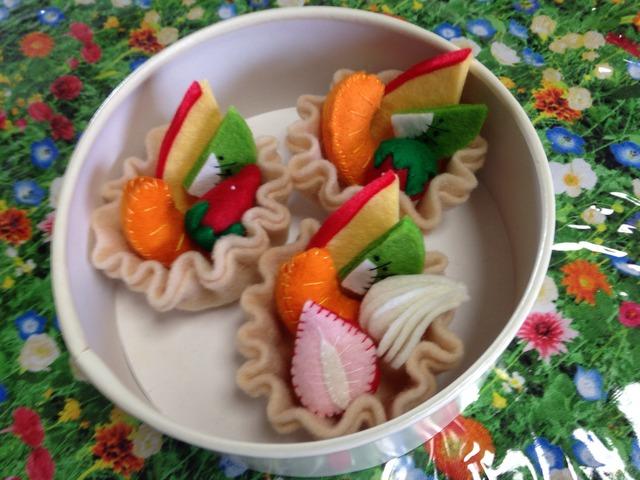 【送料無料/おまけ付き】フェルト製 タルトケーキ 3つセット