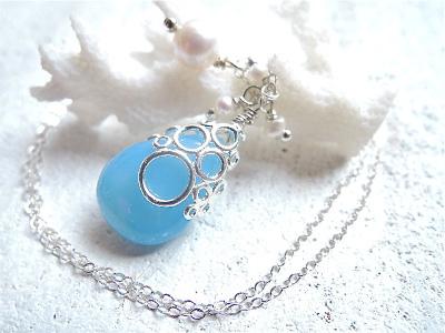 海の泡ブルーカルセドニードロップのネックレス silver925