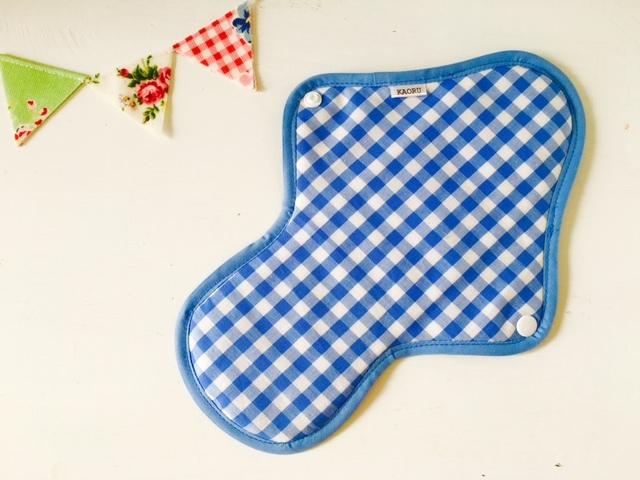 可愛い布ナプキン『blueチェック』昼用Lサイズ