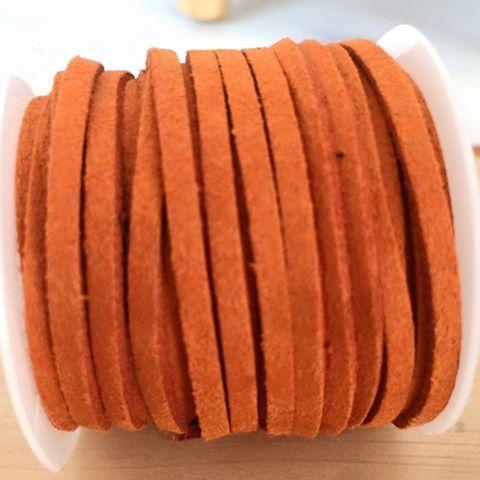 fc-017\tフェイクスエードコード\t3x1.6mm\tオレンジ\t1ロール(5M) 値下げセール...500円→300円