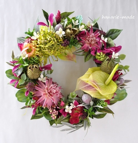tropical pink:Pincushion wreath no.2