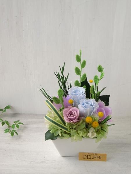 涼しげなバラとあじさいのアレンジメント【和風 プリザーブドフラワー】