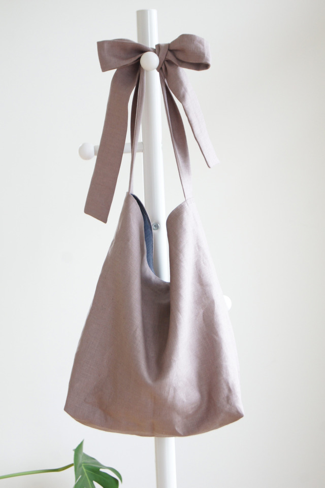 リネンリボンのバッグ(あずきみるく)
