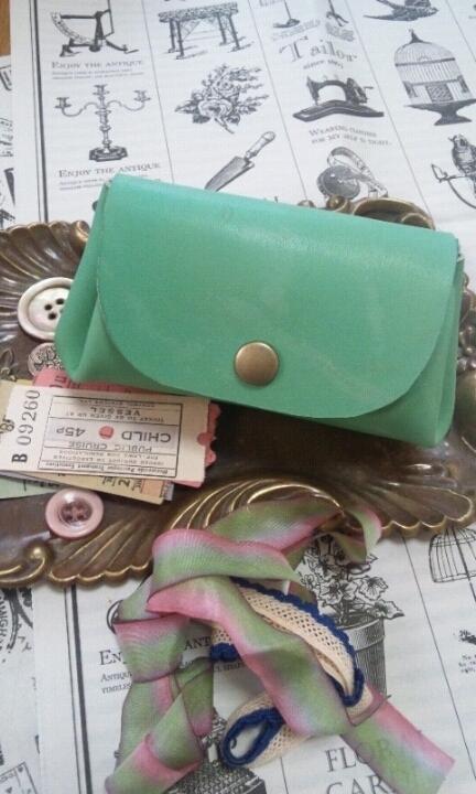 ころん財布(ポーチ):ティファニーの緑色