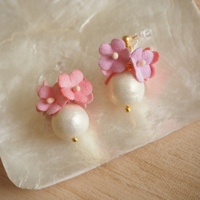 earrings #f-1 コットンパールと小花(ピンク)