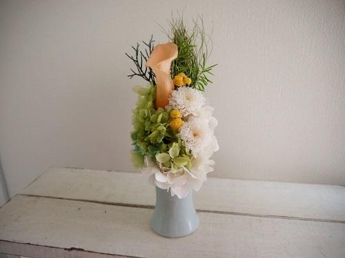 お供え花 ・ カラーとマム