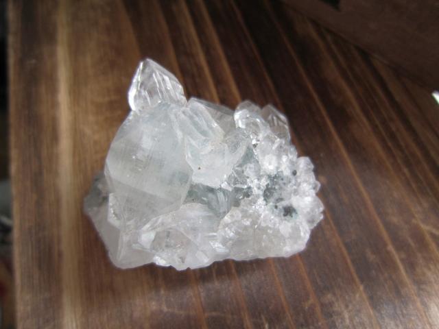 アポフィライト 原石A