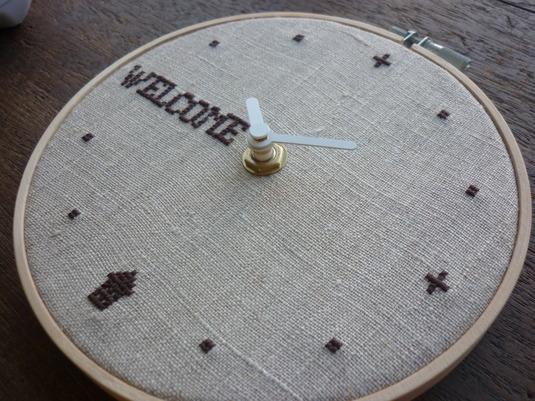 クロスステッチ刺繍時計 WELCOME