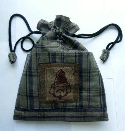 着物リメイク 羽織の裏地で作った巾着袋 1609