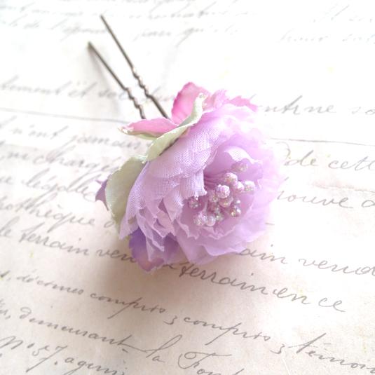 きらめきのローズパープルと紫陽花かんざし