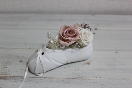 小さい靴のプリザーブドフラワー