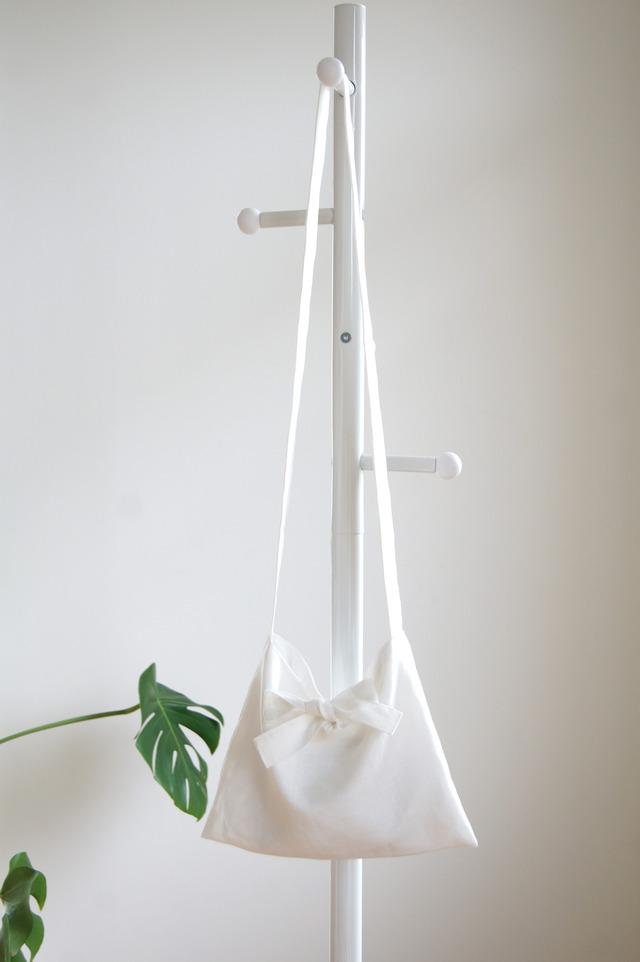 リネンリボンのミニショルダーバッグ(ホワイト)