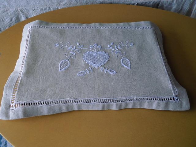 リネンクロス刺繍 縁取り 1
