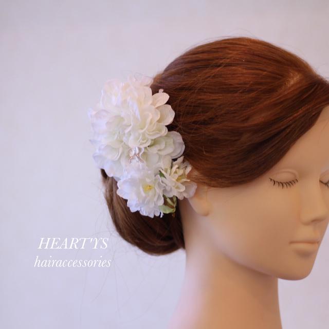 *和装、洋装、成人式にもオススメ!蝶々舞う…ホワイトづくしの清楚な髪飾り♪【送料無料】