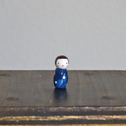 水玉こけしのフェーブ(青)