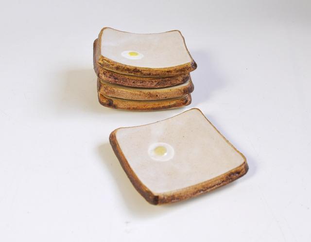 Sunny Side Up☆食パンのミニ皿【edge】