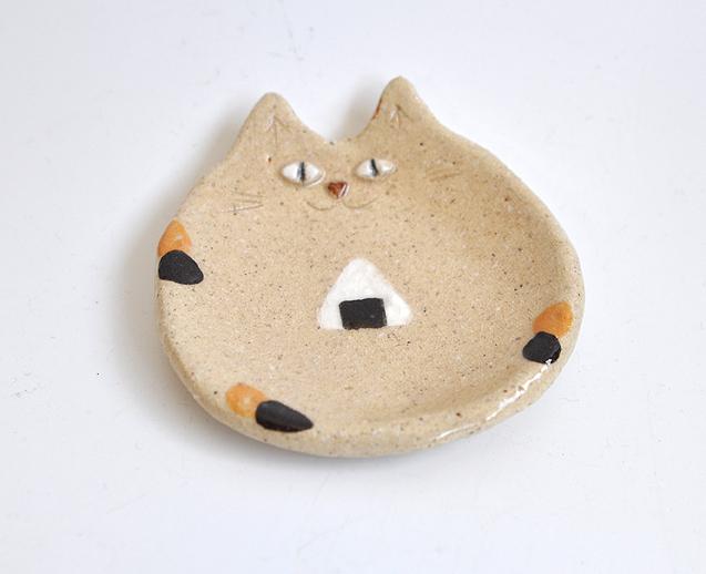 おにぎりの猫小皿