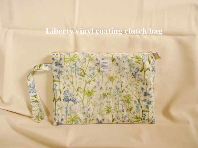 英国 Liberty ビニコのクラッチバッグ リバティ イルマ アウトレット品
