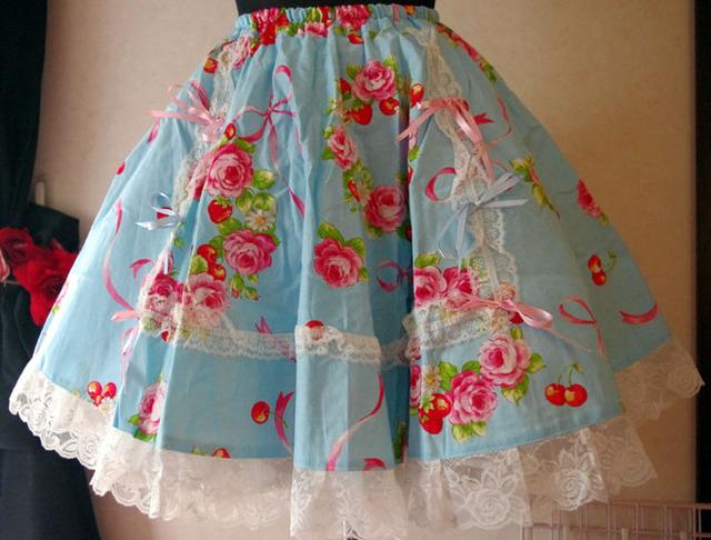 薔薇リース サーキュラースカート 水色