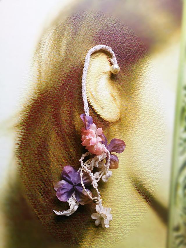 花のイヤーフックとヘアクリップ【セット】