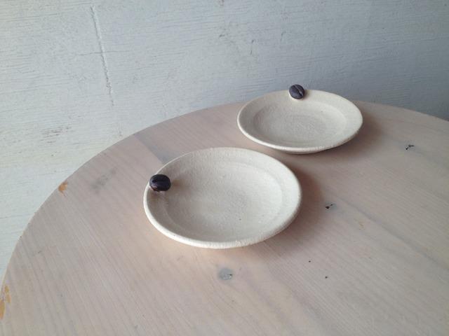 コーヒー豆付き豆皿