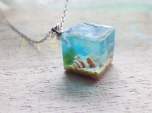 Ocean Cube necklace