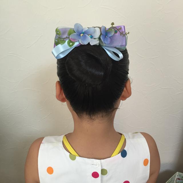 キッズ☺   バレエやパーティーに活躍★ リボンと花のアクセサリー 髪飾り