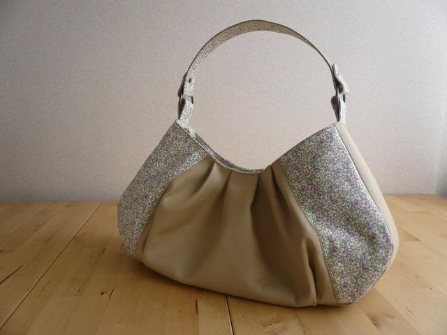 リバティ Eloise(エロイーズ)×帆布のワンハンドルバッグ