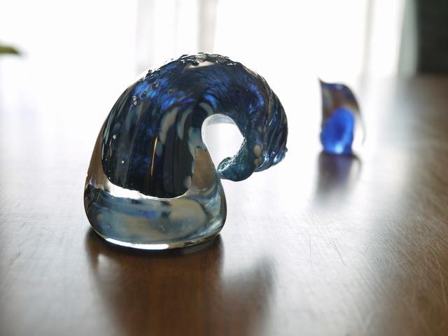 「波と語るペンギン」 New ブルー