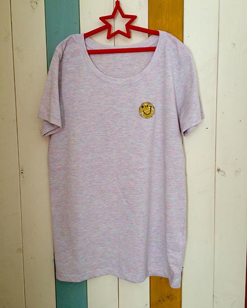 片胸バンダナスマイルTシャツ(イエロー)