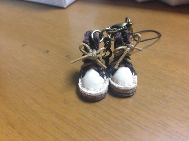 ハンドメイド◎ミニチュア 子供 編み上げブーツ ストラップ 革 レザー 前ベージュ×後ブラウン 11