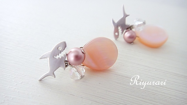 Smile Shark pierce(silvercolor Pink)