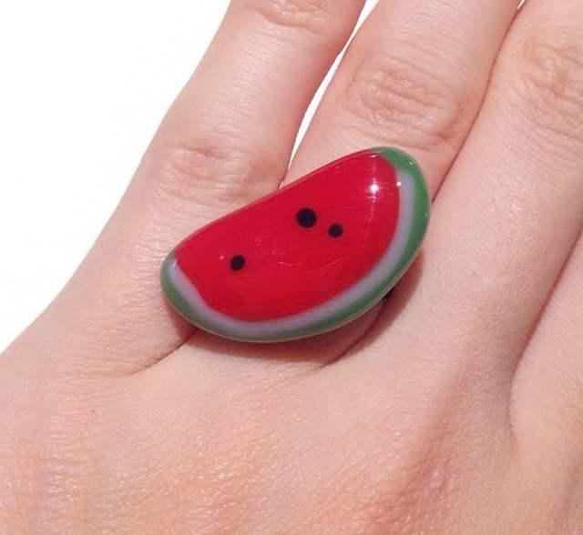 スイカの指輪