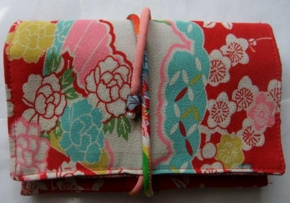 着物リメイク 錦紗縮緬の着物で作った和風お財布 1641