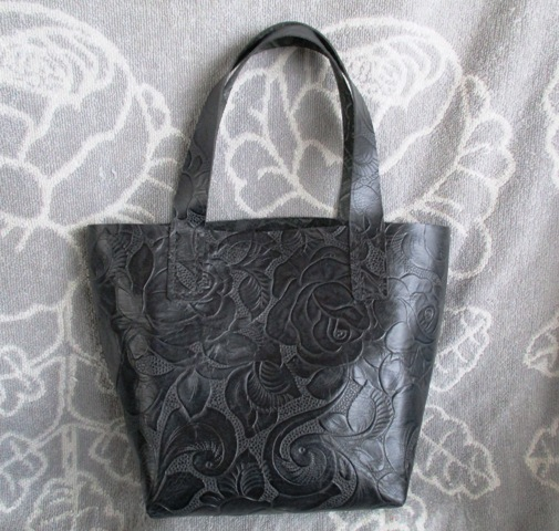 【新作】手縫い カービング調 ミニトートバッグ