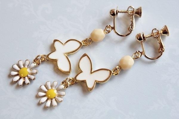 オーダー☆蝶と花のイヤリング(白)