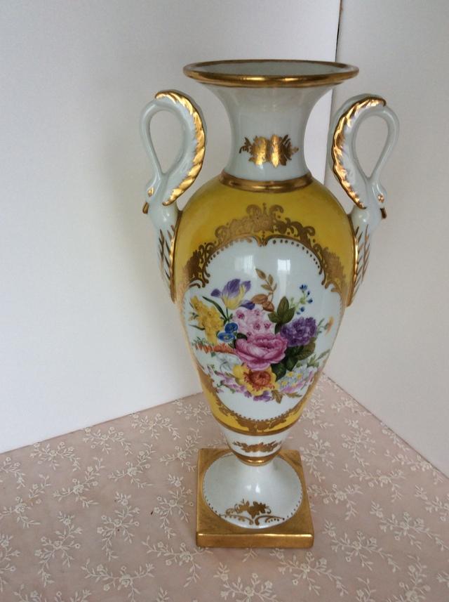 スワンの手付き飾り壺(花束)