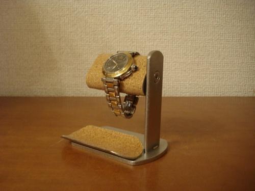 腕時計スタンド プラスドライバーでだ円パイプの角度を変えられる腕時計スタンド トレイ付き