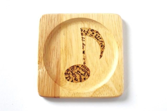 8分音符 木のコースター