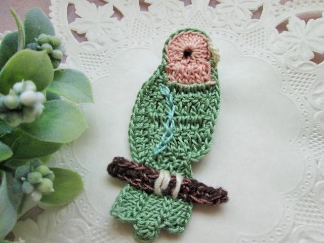 鳥のブローチ