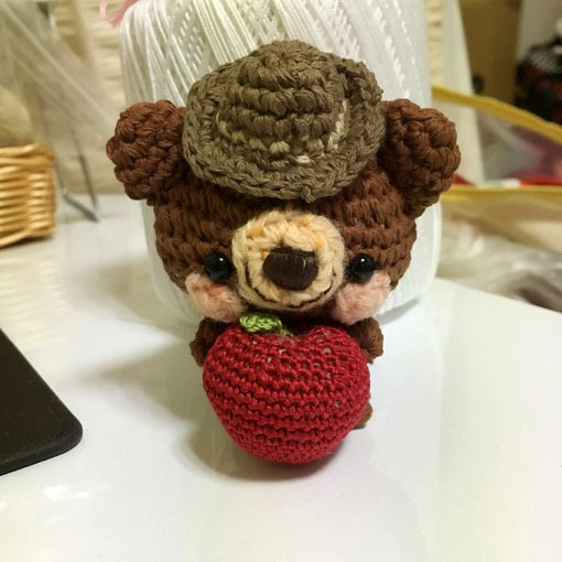 bluewillow さまご注文品!秋仕様・ウエスタン風帽子+りんごコットン糸クマ