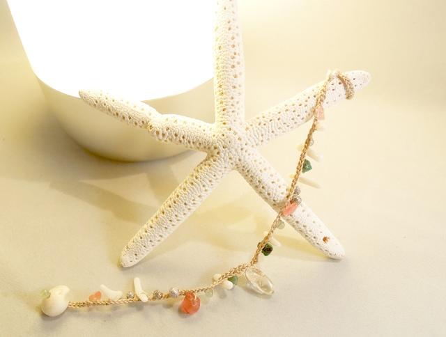 珊瑚と水晶、ターコイズのブレスレット