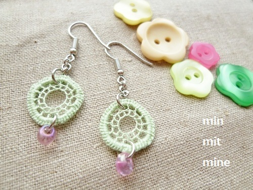 spring green hedeboピアス/イヤリング