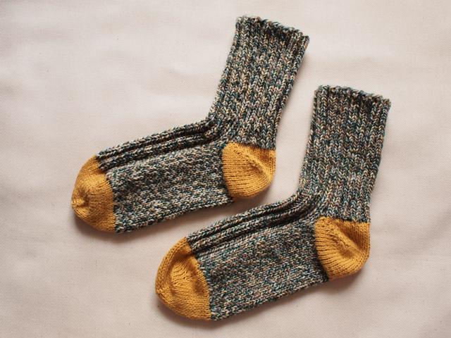 モザイク模様のやさしい靴下【緑系×黄】