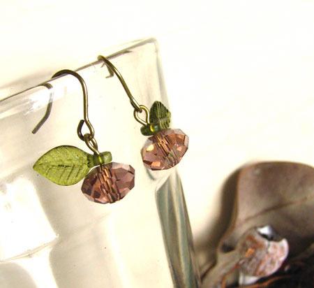 キラキラガラスの果物プチピアス
