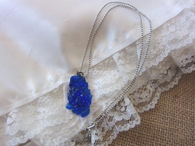 青硝子のネックレス